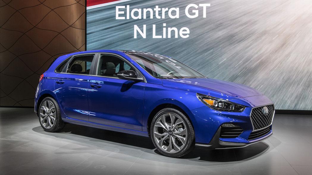 2019 Hyundai Elantra GT N Line: Hot Hatch Happiness ...